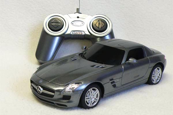 RC - Mercedes-Benz SLS AMG - 1:24