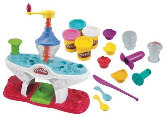 Play-Doh modelína- zmrzlinové poháry